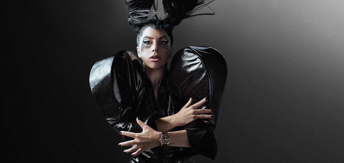Lady-Gaga-Tudor-Black-Bay